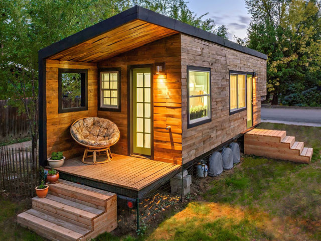 cute_compact_homes_that_maximize_small_spaces_640_12